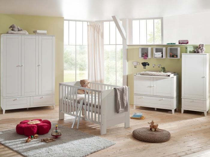 babyzimmer bella 6 teilig wei komplettset babybett. Black Bedroom Furniture Sets. Home Design Ideas