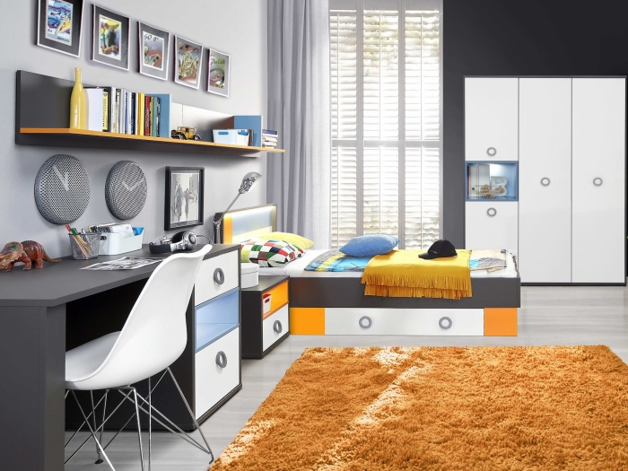 jugendzimmer colors kinderzimmer bett schrank schreibtisch. Black Bedroom Furniture Sets. Home Design Ideas