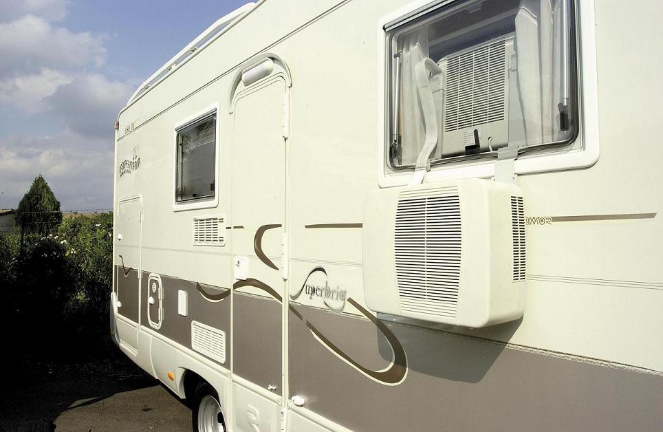 air conditioning split air conditioner caravan motorhome. Black Bedroom Furniture Sets. Home Design Ideas
