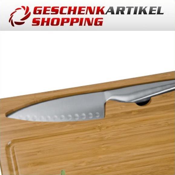 Schneidbrett aus Bambus mit integriertem Küchenmesser