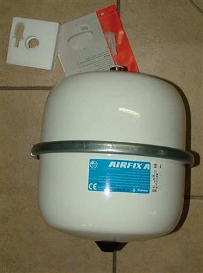ausdehnungsgef airfix flamco trinkwasser 8li 5331. Black Bedroom Furniture Sets. Home Design Ideas