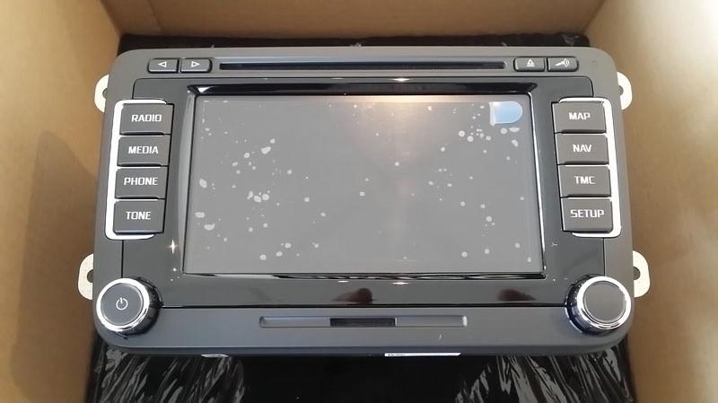 skoda columbus touchscreen led navigation system. Black Bedroom Furniture Sets. Home Design Ideas