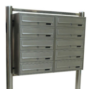 10 fach edelstahl briefkastenanlage standbriefkasten mit geschweisstem st nder ebay. Black Bedroom Furniture Sets. Home Design Ideas