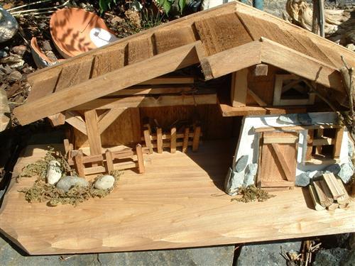 krippe sch nes holzhaus 30cm weihnachten haus modellhaus ebay. Black Bedroom Furniture Sets. Home Design Ideas