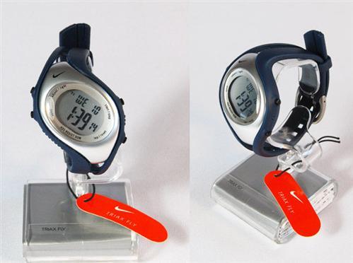 Neu 031 Sportliche Nike Armbanduhr 040k Fly Damen Triax Uhr