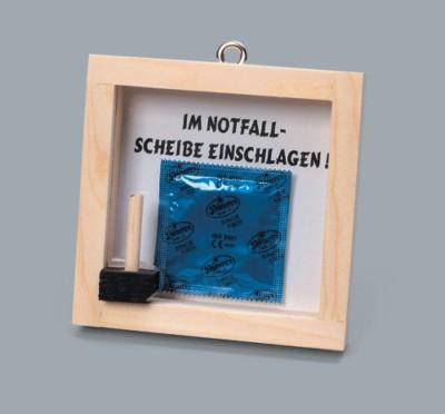 notfall set kondom scherzartikel holzrahmen gag ebay. Black Bedroom Furniture Sets. Home Design Ideas