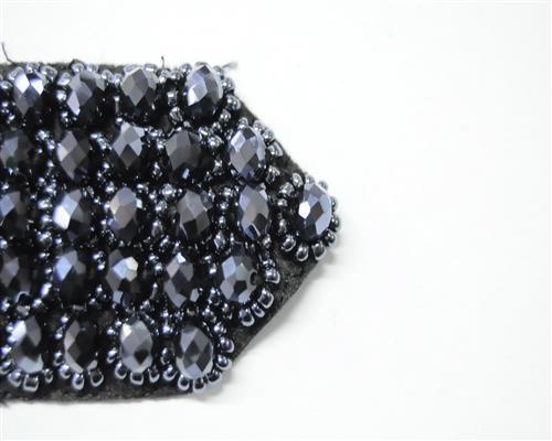 edel strass perlen applikation glas schwarz handgefertigt. Black Bedroom Furniture Sets. Home Design Ideas