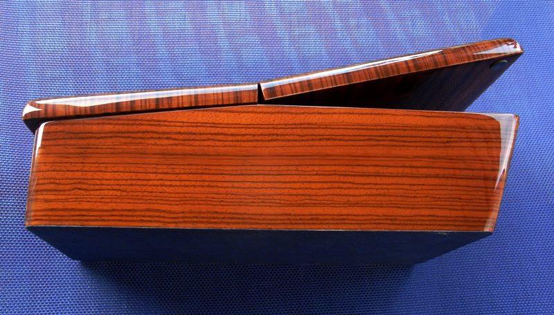 ablagebox armlehne mercedes w107 r107 kompl zebrano neu. Black Bedroom Furniture Sets. Home Design Ideas
