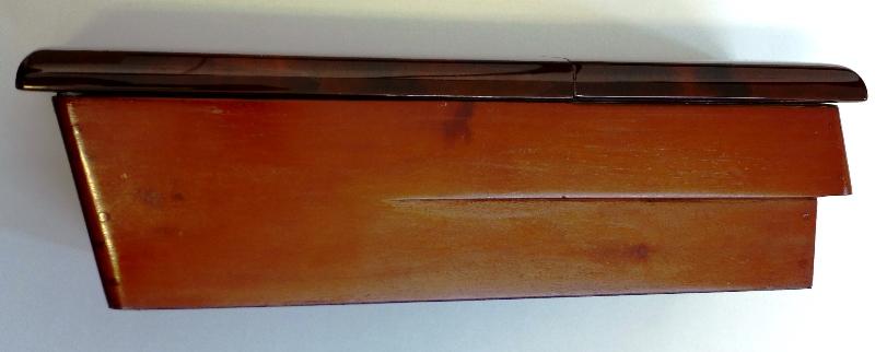 ablagebox f r mercedes w124 wurzelholz klappdeckel neu ebay. Black Bedroom Furniture Sets. Home Design Ideas