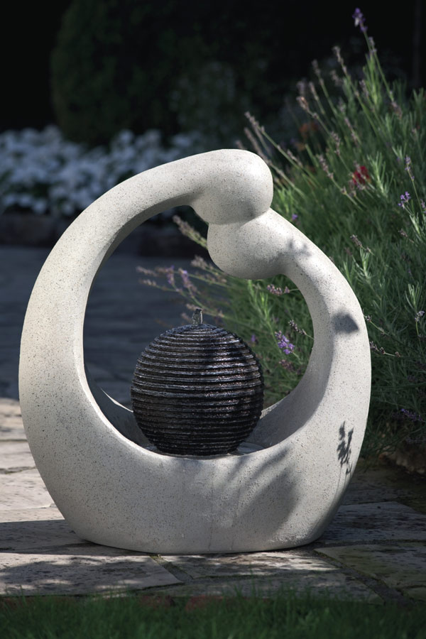 gartenbrunnen zierbrunnen springbrunnen mit pumpe t v ebay. Black Bedroom Furniture Sets. Home Design Ideas