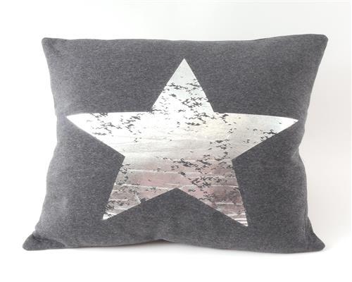 dekokissen sterne 45 x 45 cm kissen mit f llung sterndruck. Black Bedroom Furniture Sets. Home Design Ideas