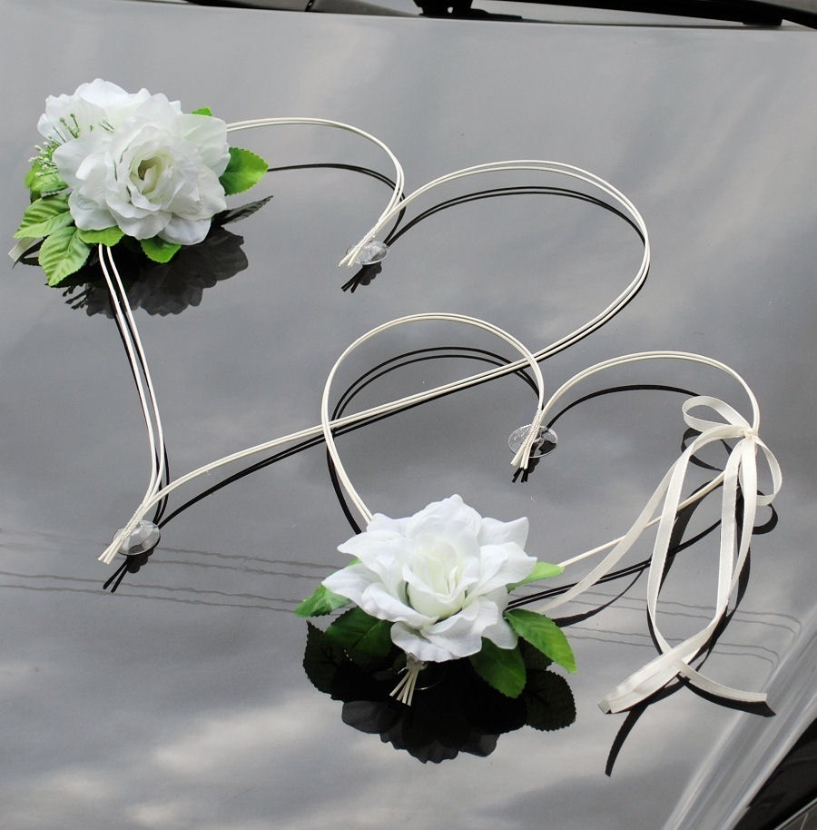 Hochzeitsauto Deko Brautauto Autoschmuck Autodeko Rattanherzen Rosen