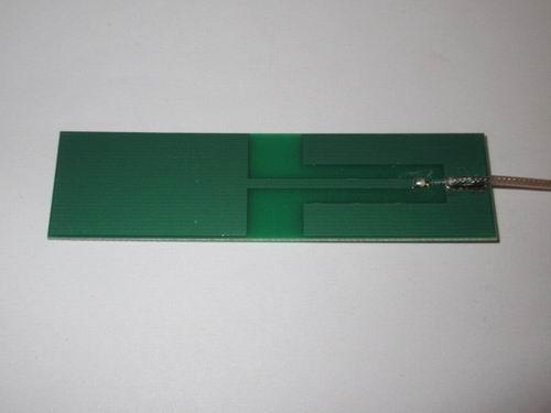 ANTENNA PCB QUAD BAND MMCX RA 850MHz-2,1GHz 1Stück