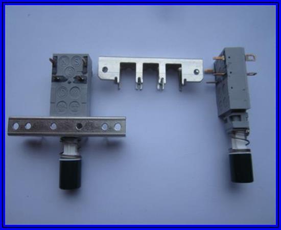 ITT Canon Power Switch NE18 with snap-in housing 6A 250VAC 1 Stück