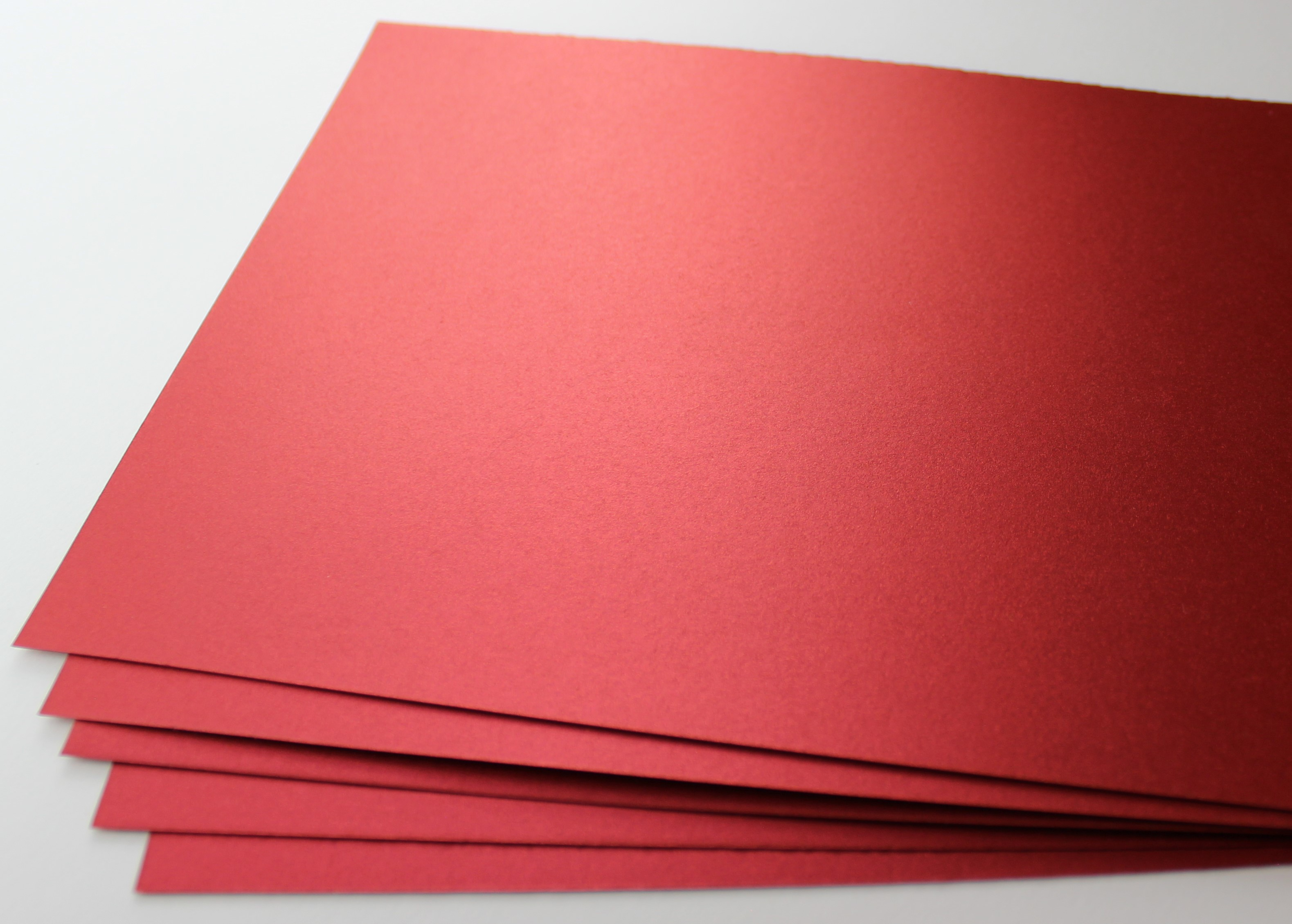 100 Blatt A2 (420x594 mm) Inapa Shyne Papier 120 g/qm red diamond