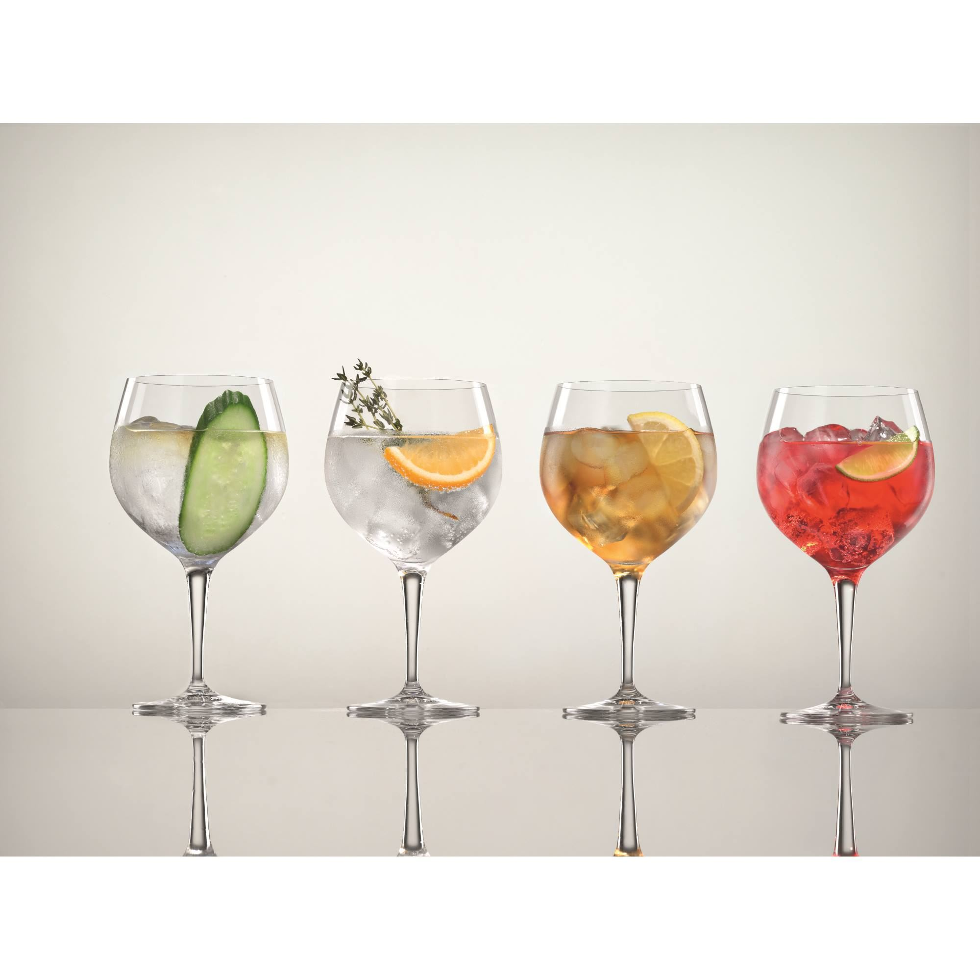 spiegelau gin tonic 4 verres dans le set contenu 630 ml. Black Bedroom Furniture Sets. Home Design Ideas