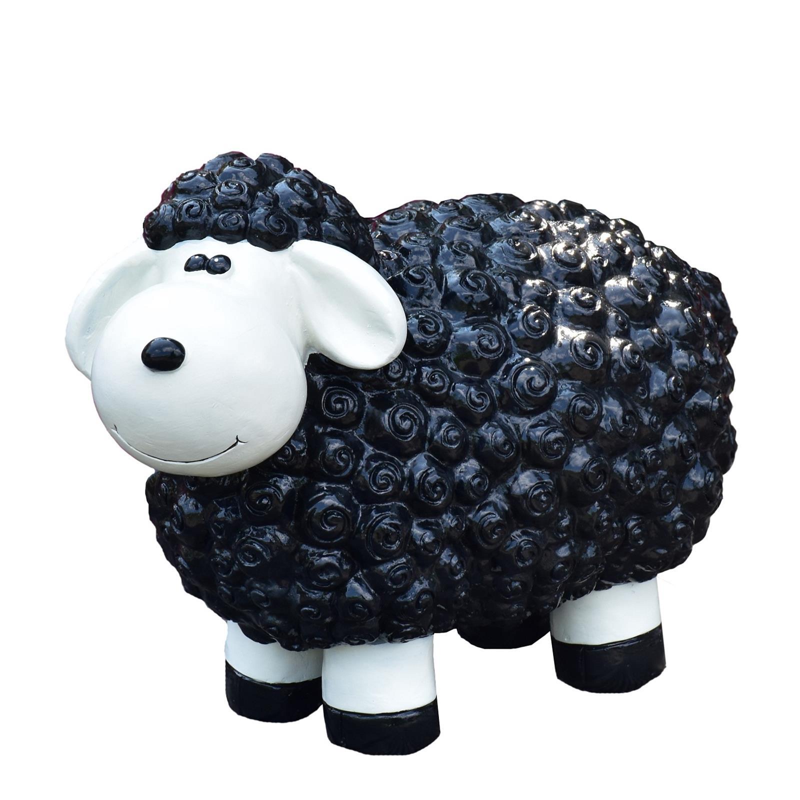 Schaf in Schwarz