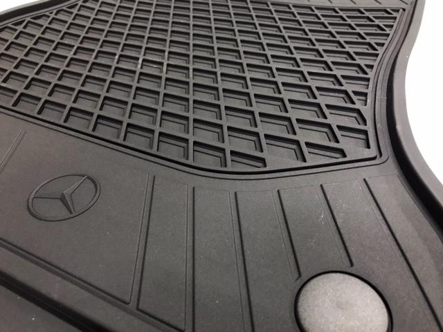 Original Mercedes-Benz Fußmatten Gummimatten Allwettermatten 2 Set A-Klasse W176