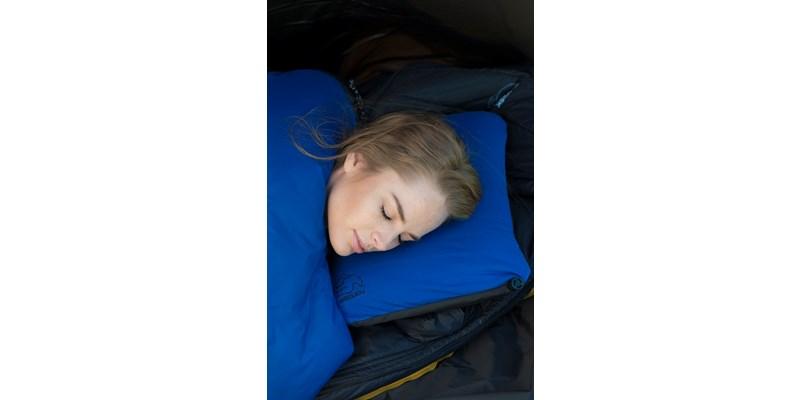 Nordisk Nat - aufblasbares Kissen - blau