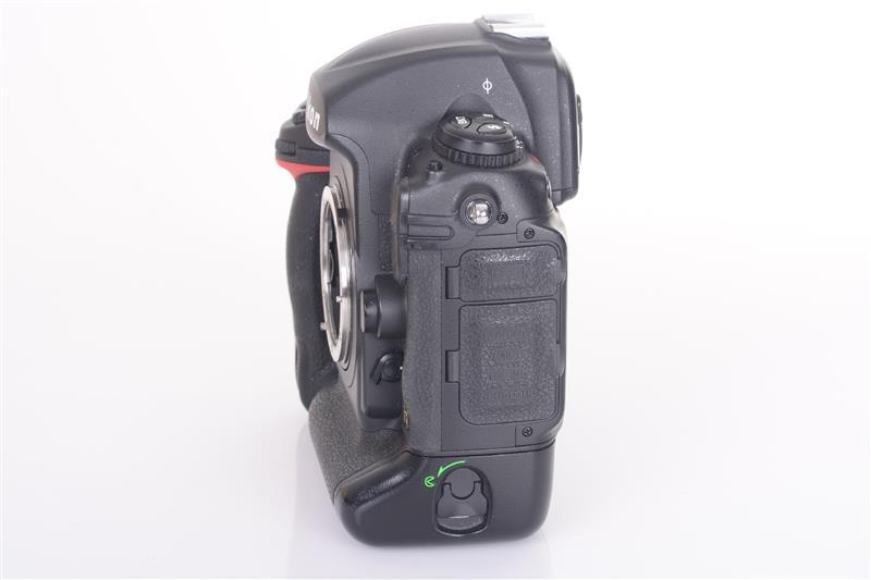 Nikon-D3s-Body-Gehause-17-000-Ausloser-OVP-2042355 miniature 4