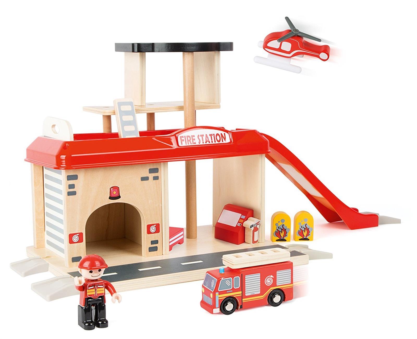 Small Foot World Feuerwehr Feuerwache Aus Holz