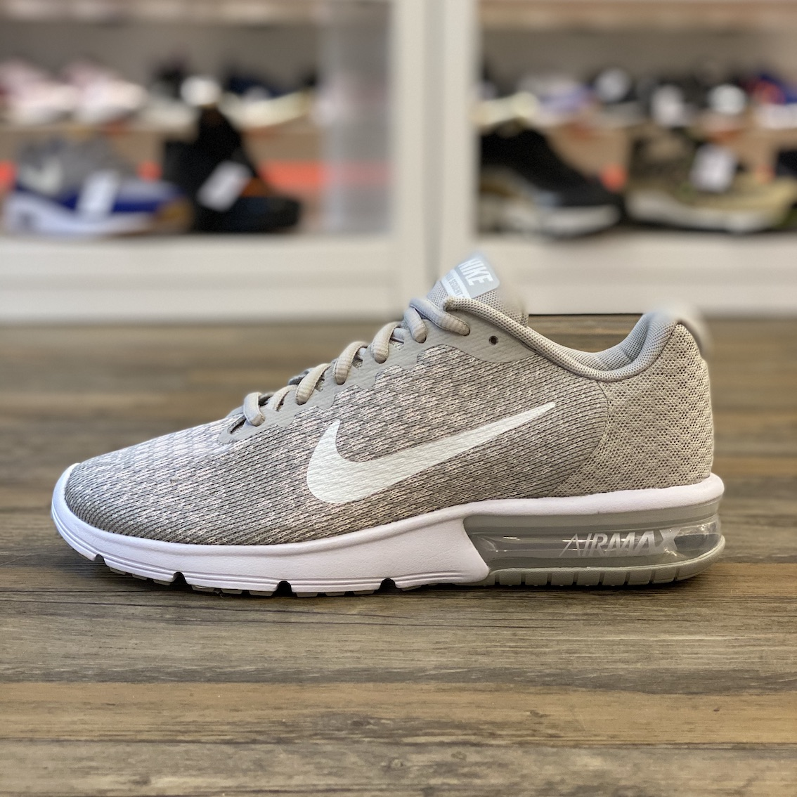 Nike Air Max Sequent 2 852465 013