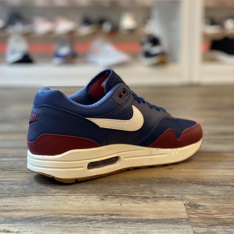 Nike Air Max 1 Gr.43 Running Sneaker Schuhe rot Team Red LTR